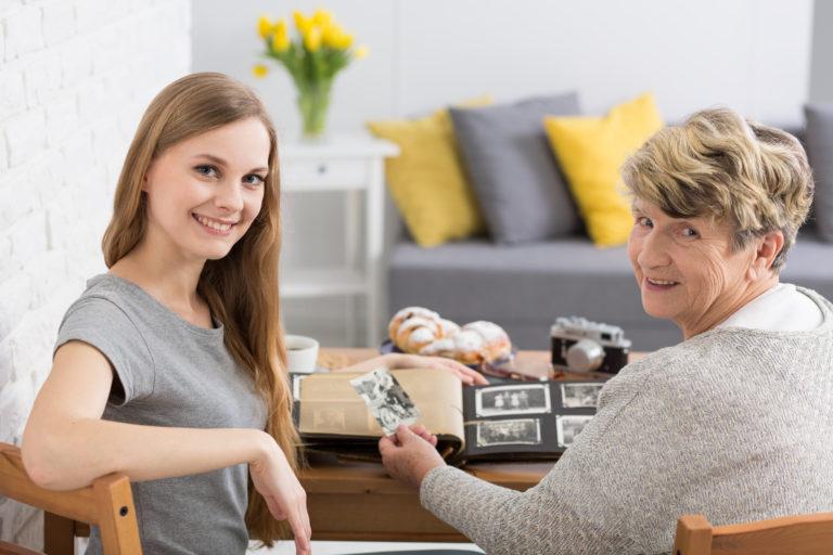 https://healthinsurancethomas.com/wp-content/uploads/2018/06/ElderCompanion-1-768x512.jpeg